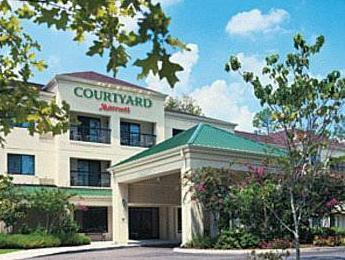‪Courtyard by Marriott Maumee/Arrowhead‬