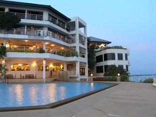 Hinsuay Namsai Resort Hotel