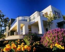 Miharotia House