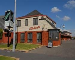 Chloe's Motor Inn & Conference Center