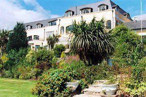 Glenview Hotel