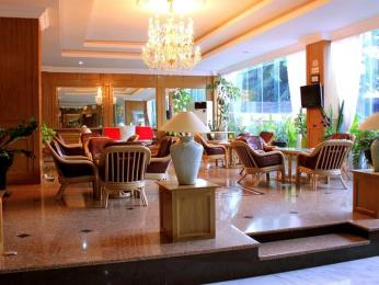 John's Pardede International Hotel