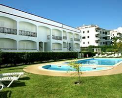 Kings Club Apartments