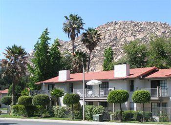 Riviera Oaks Resorts