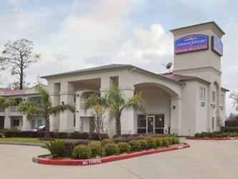 The Oaks Lodge & Suites