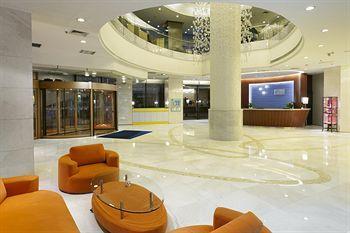 Holiday Inn Express City Centre Dalian
