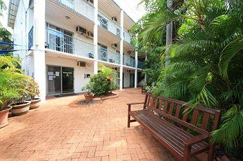 Coconut Grove Holiday Apartments Darwin
