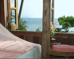 Lom Lae Beach Resort