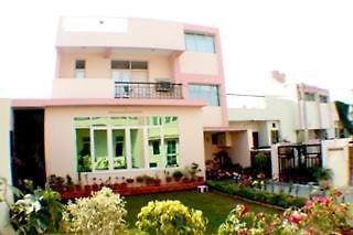 Garden Villa Homestay