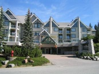Wildwood Lodge On Blackcomb