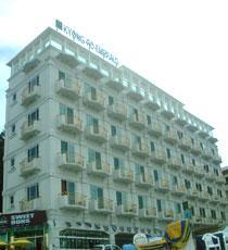 Kyongpo Emerald Hotel