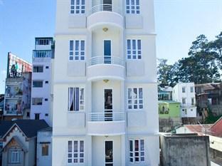 Rum Vang II Hotel