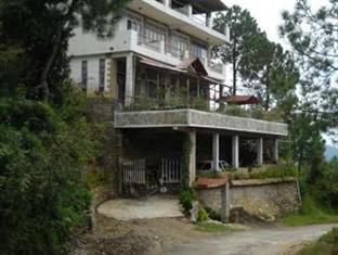 Club-10 Pine Lodge