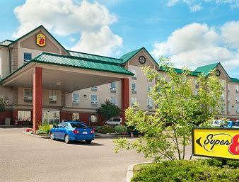 Super 8 Hotel - Edmonton South