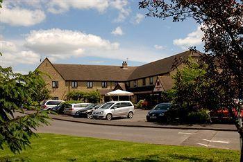 Oxford Witney Four Pillars Hotel