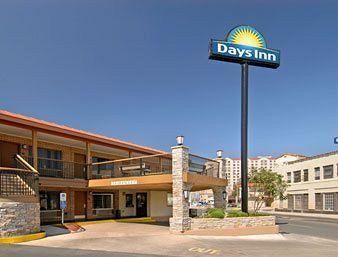 Days Inn Alamo/Riverwalk