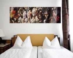 Select Falk Suite Hotel