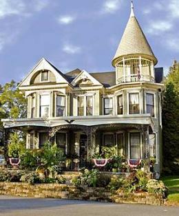 Gelinas Manor