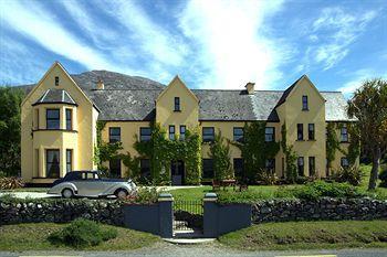 Lough Inagh Lodge
