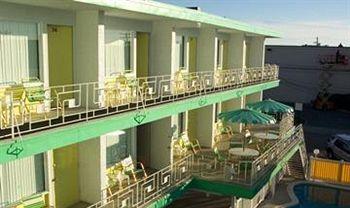 Knoll's Resort Motel