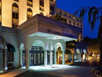 Crowne Plaza Hotel Nashua