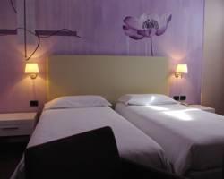 Dependance Center Hotel
