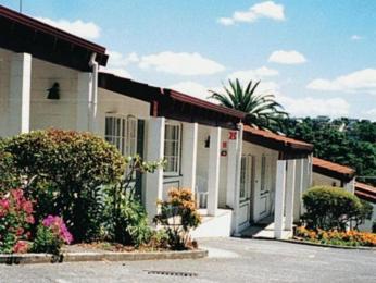 Brown's Bay Olive Tree Motel