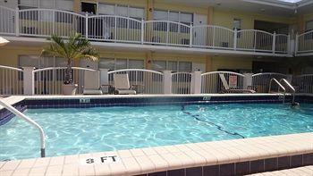 Beach Place Hotel