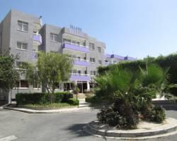 Valana Hotel