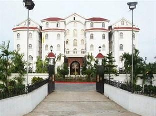 East Palace Hotel
