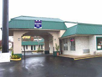 Knights Inn Hurricane Mills