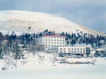 Lakeside Hotel Sankokaku