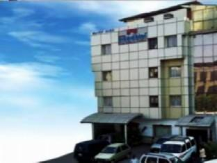 Hotel Nandhini Minerva Circle