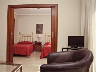 Olano Hotel