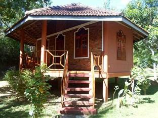 Green Garden Cabanas & Resort