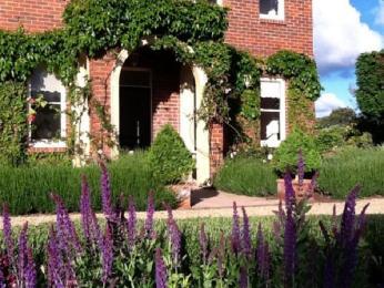 Ellesmere House
