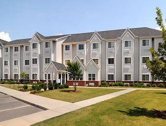 Microtel Inn & Suites by Wyndham Huntsville