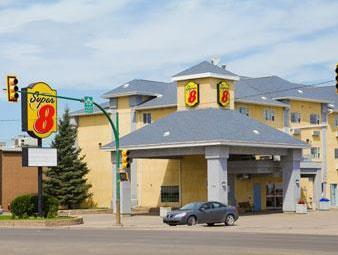 Super 8 Saskatoon