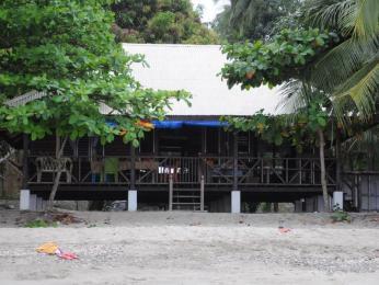 Kingki Beach House