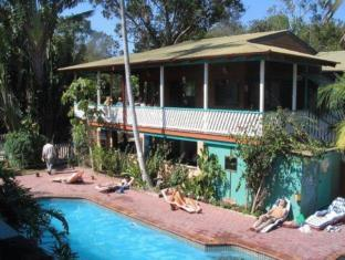 The Arts Factory Backpackers Lodge