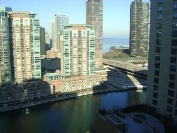 Suite Home Chicago - One Superior Place