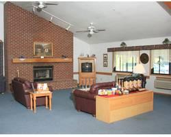 Tivoli Inn & Suites