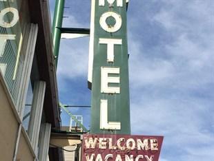 Lombard Plaza Motel