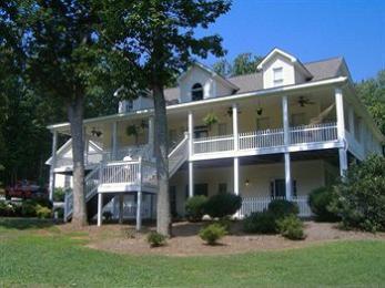 The White Oak Inn B&B
