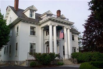White Hall Manor B&B