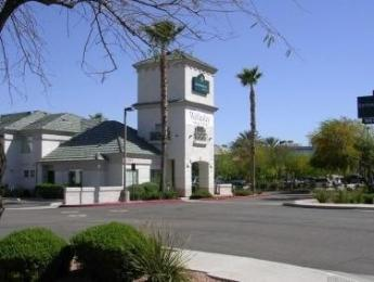 ‪Extended Stay America - Phoenix - Metro - Black Canyon Highway‬