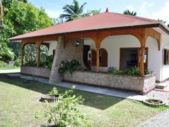 Islander Guest House