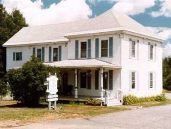Spruce Lodge Bed and Breakfast