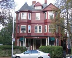 A Friendly Inn at Harvard Square