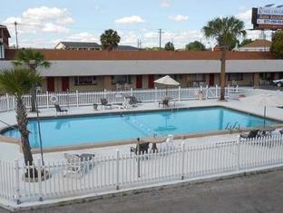 Ranch House Inn & Suites